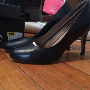 Corso como black heels wide